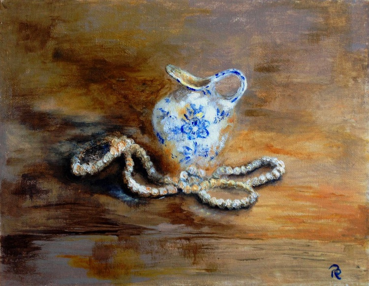 Small Jug with Pearls - Image 0
