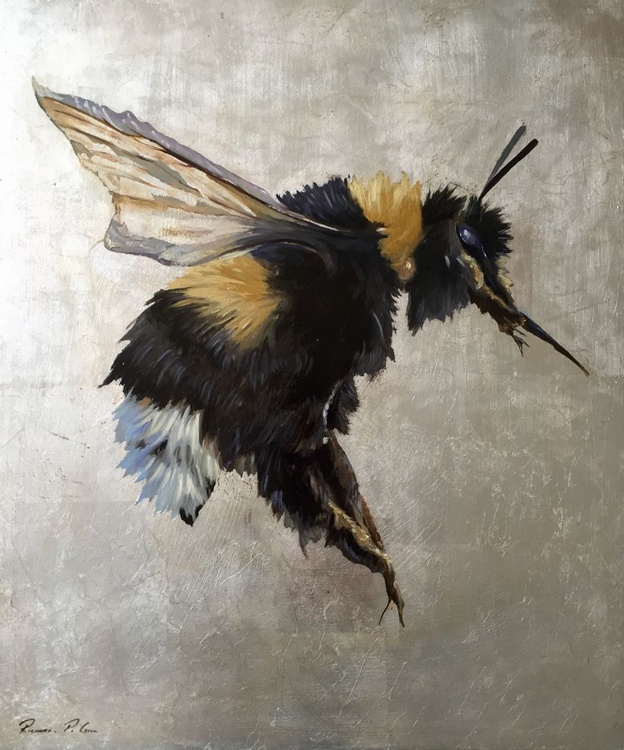 Silver Bee - Image 0