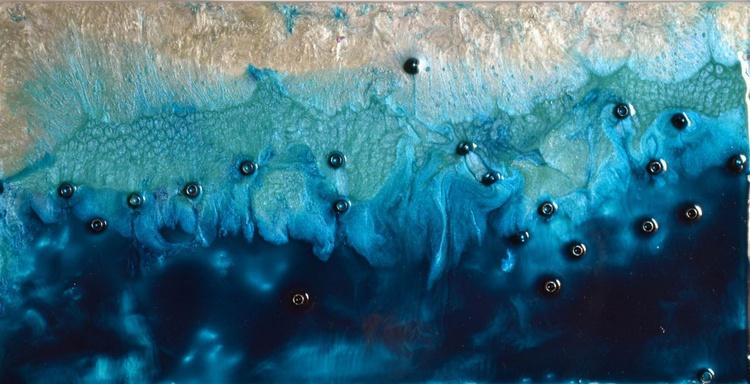 High tide - Image 0