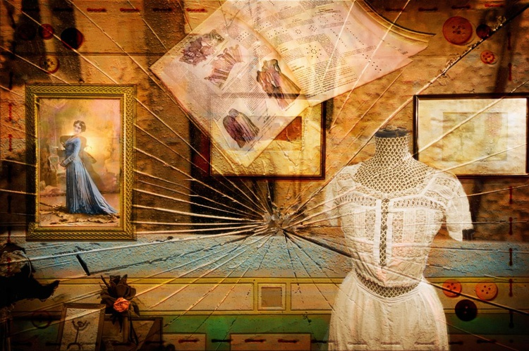 Broken Past - Image 0
