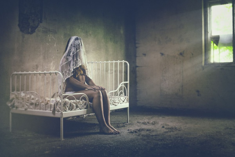 The quiet bride III - Image 0