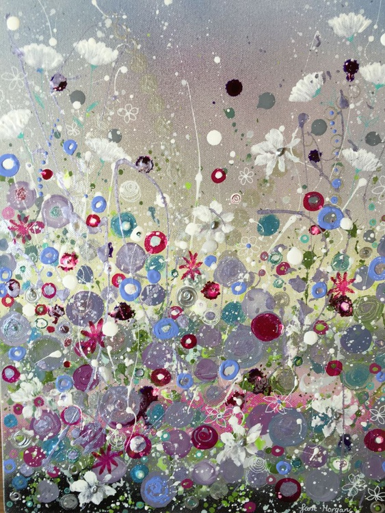 Silver and pink burst - Image 0