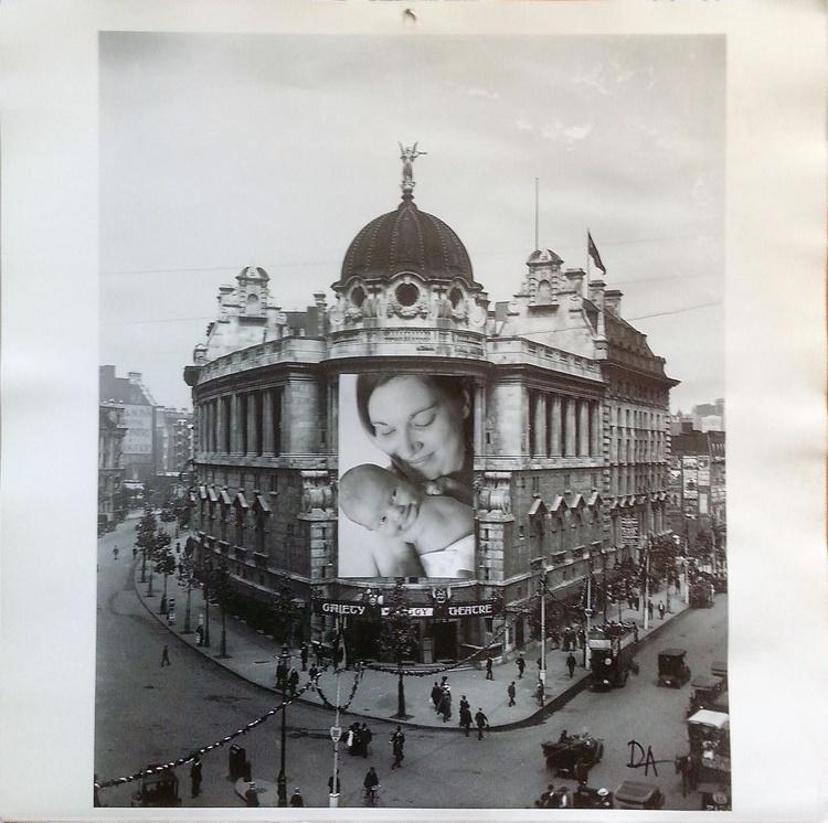 London baby - Image 0