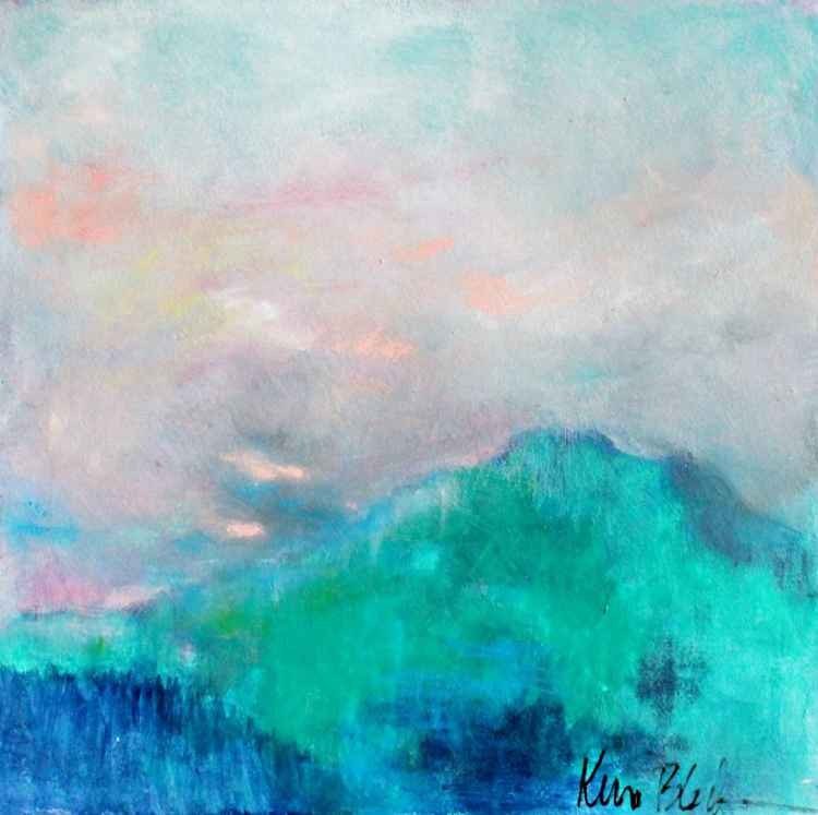 Soft Green Hills -