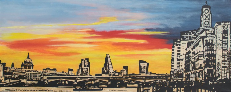 Out at exhibition - Oxo sunset - Image 0