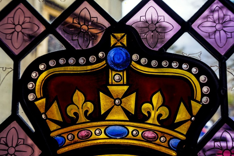 """Glass Crown : Strawberry Hill House (Limited edition  1/50) 12""""X8"""" - Image 0"""