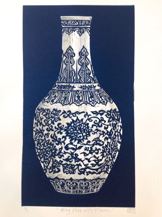 Ming Vase with Flower - Image 0