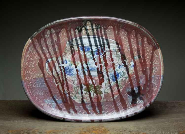 Oval ceramic plate Teapot -