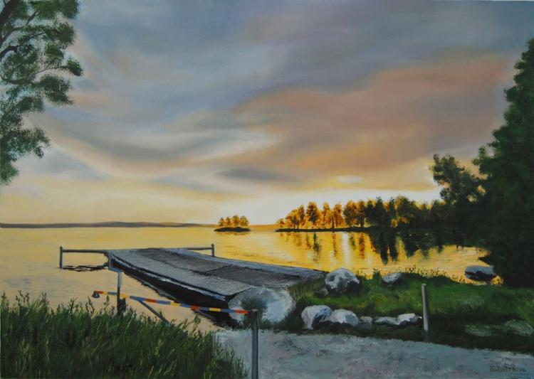 Sunrise on the lake - Image 0