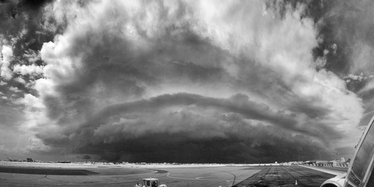Upcomming Thunderstorm    [#201403010] - Image 0