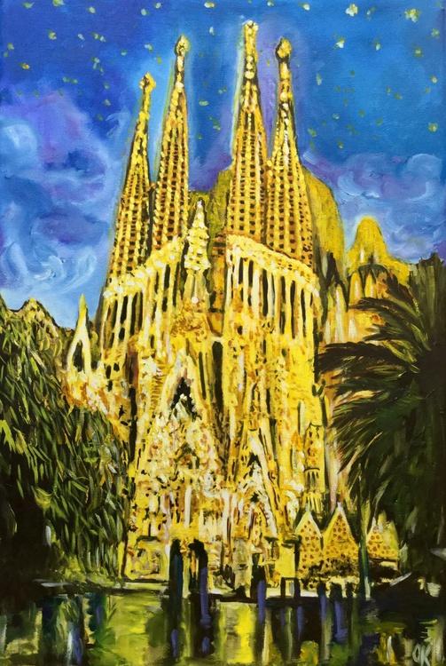 Sagrada Familia at night - Image 0