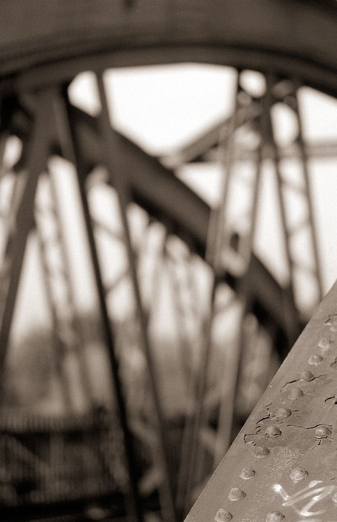 Barnes Bridge - Image 0
