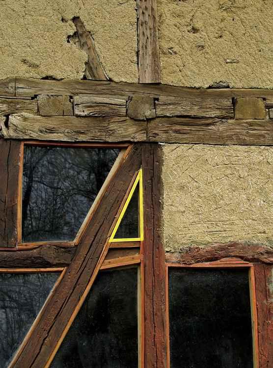Yellow (window 01)