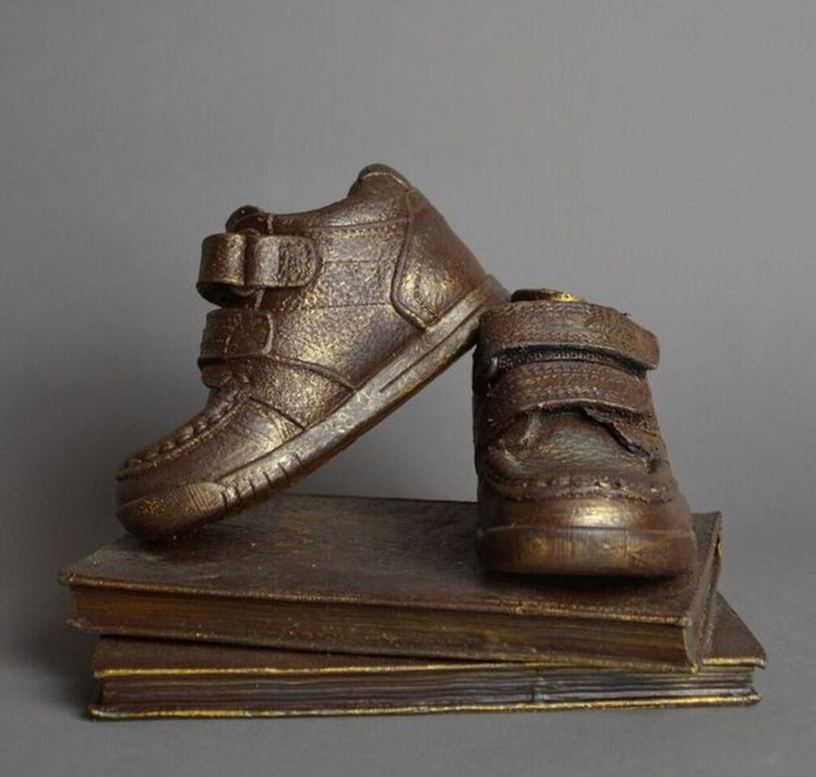 Treasured Memory Keepsake Shoe - Image 0