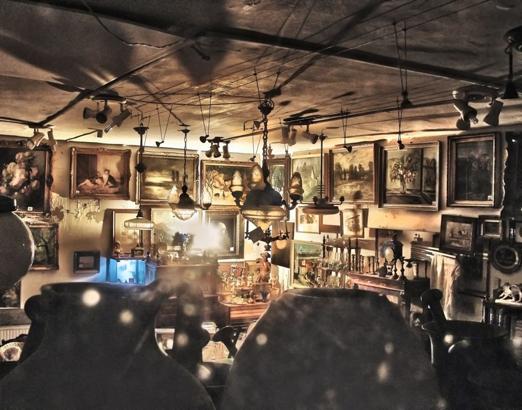 Antique store through a window - Image 0