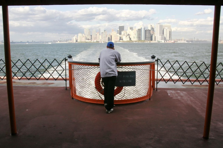 New York - Ferry 7 - Image 0