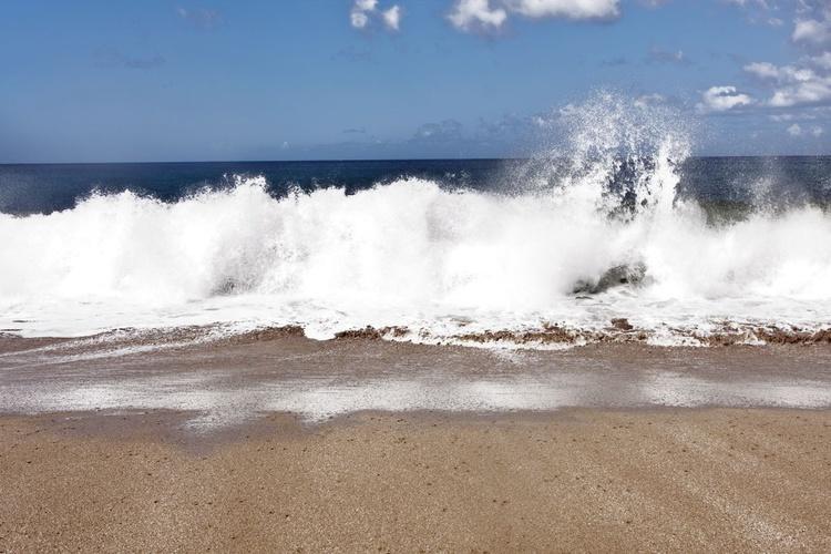 Ocean Wave - Image 0