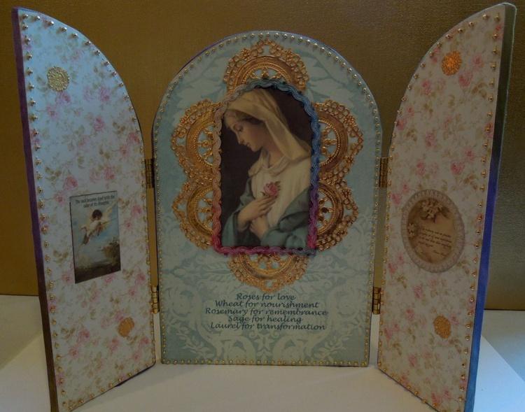 Beaded Madonna Shrine w/Violets - Image 0