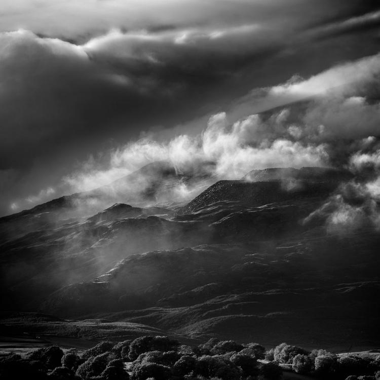 Lakeland Studies - Spoils of the Mist Mountain - Image 0