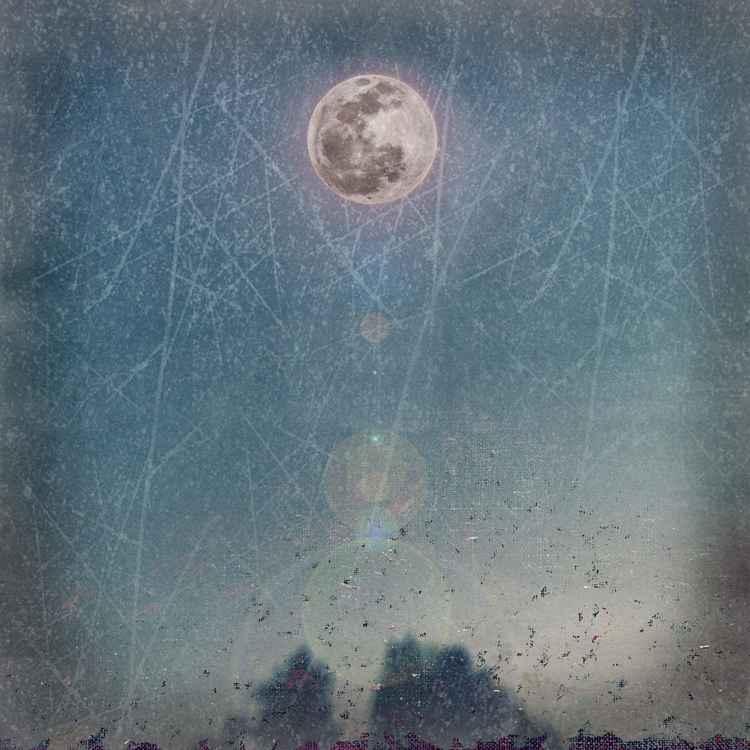 Moon Glow -