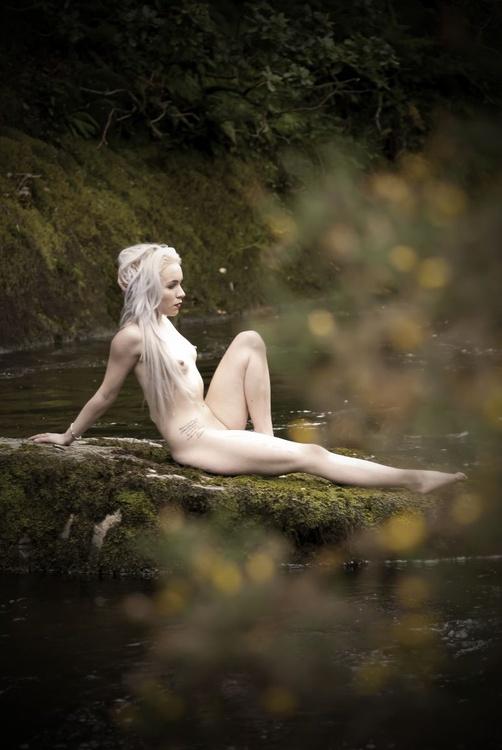 Water Nymph Waiting - Image 0