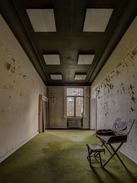 Green Room - Image 0