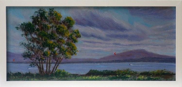 Lake Illawarra kite-surfing - Image 0
