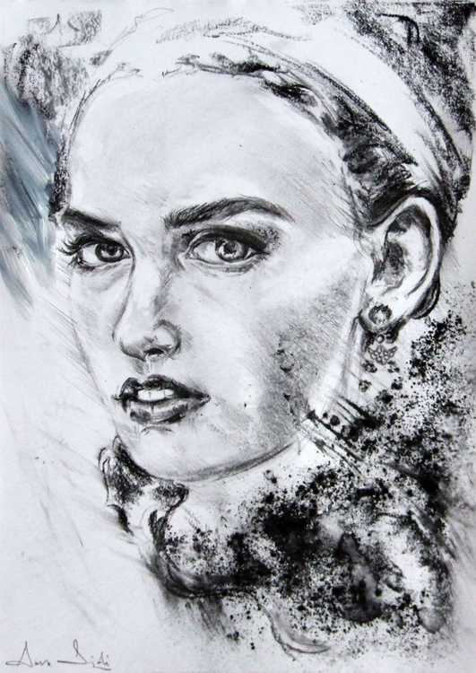 Study of a head in Charcoal - Image 0