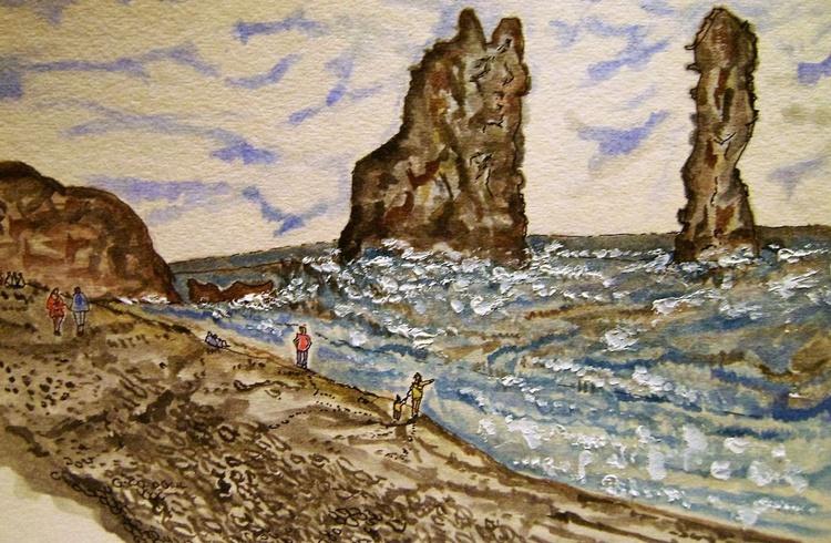 reynisdranga shore walk - Image 0