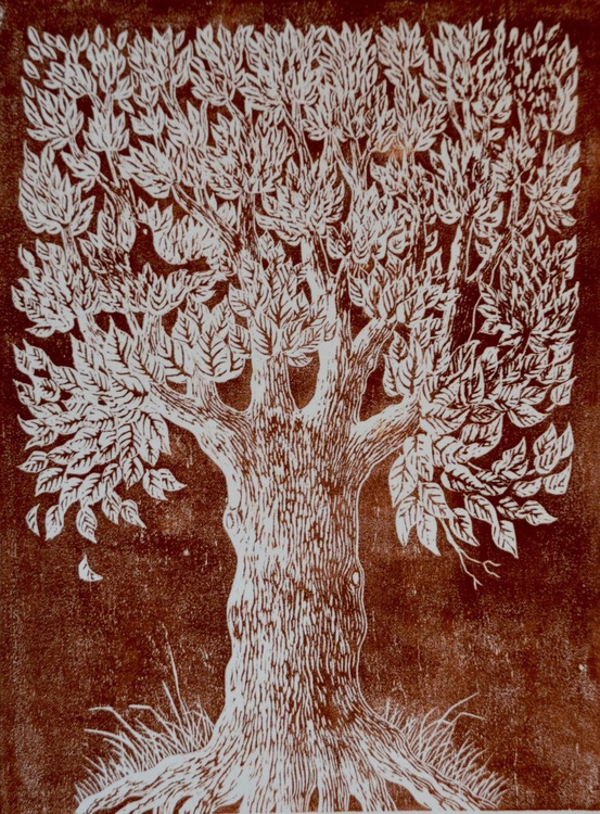 Bird in Tree - Image 0