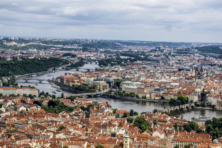 "Prague Cityscape Limited edition  1/20 18""x 12"" - Image 0"