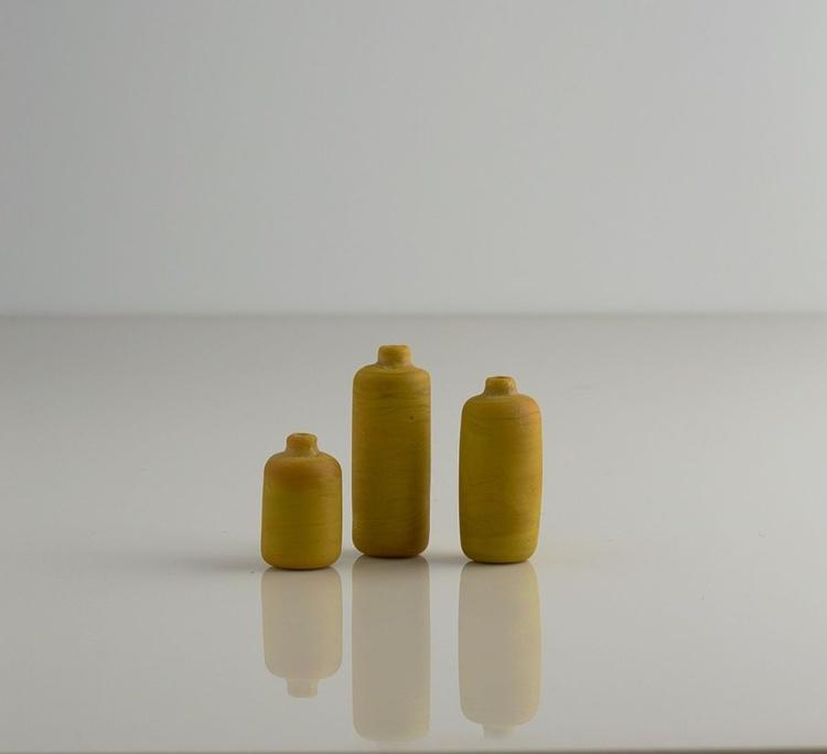 Vases - Image 0