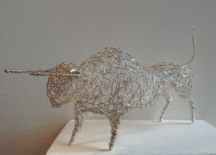 """Bring It On"". Silver Wirework Bull. - Image 0"