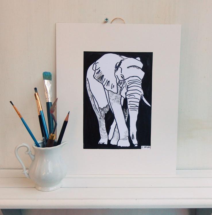 Set of 4 drawings: Squirrel, Owl, Elefant, Kangaroo. Original Black and White drawing. - Image 0