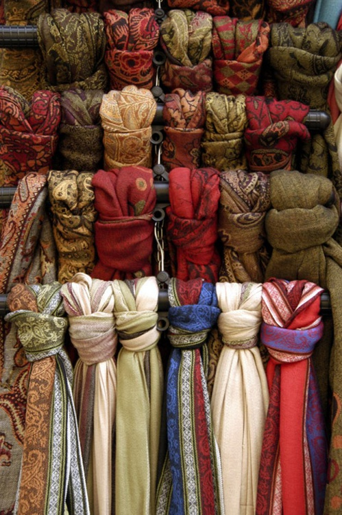 Silk Scarves in Budapest - Image 0