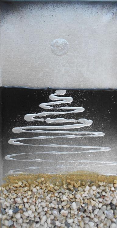 Silver Shimmering Seascape - Image 0