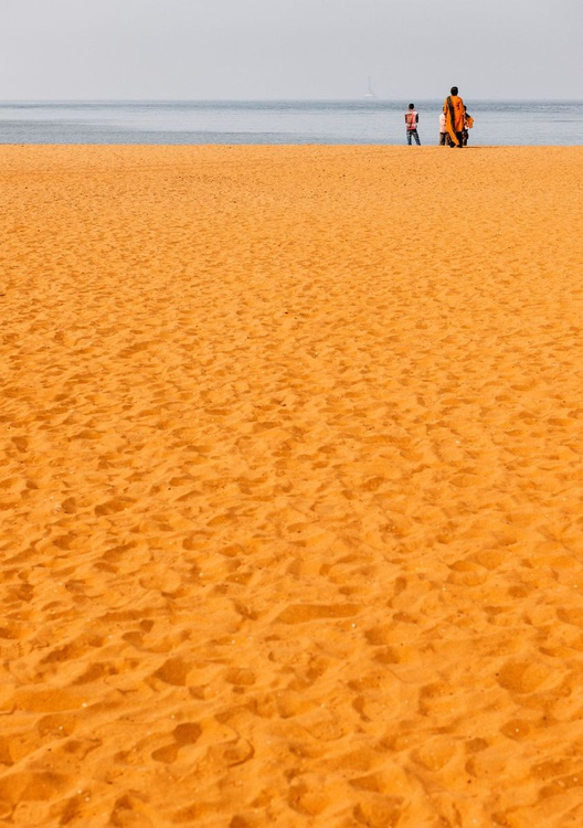Miramar Beach, Goa. (84x119cm) - Image 0