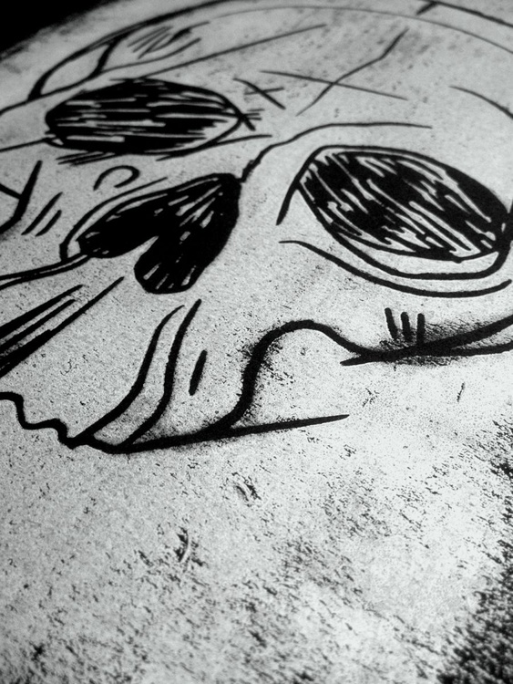 Gothic skull in silver - Image 0
