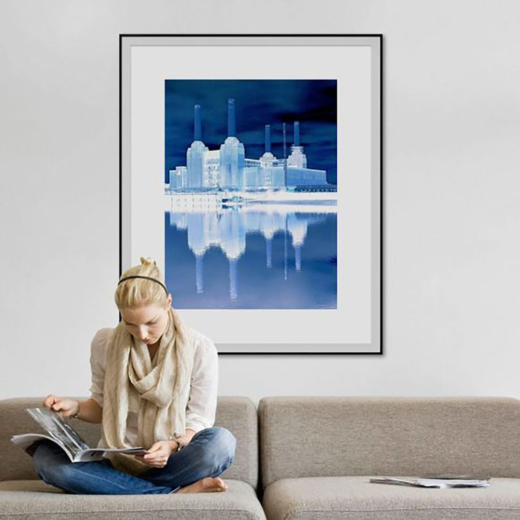 BATTERSEA BLUE Limited edition  4/25  30in x 45in - Image 0