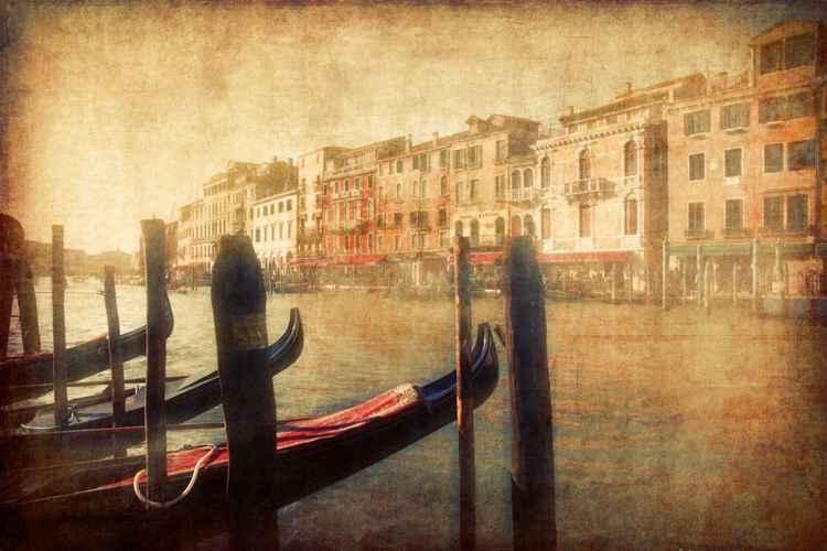 Venice in light -