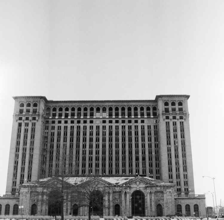 Michigan Central Station [Limited Edition]