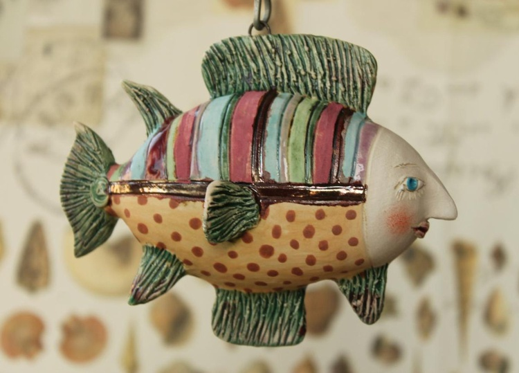 Flying Fish. Tiny hanging sculpture - Image 0