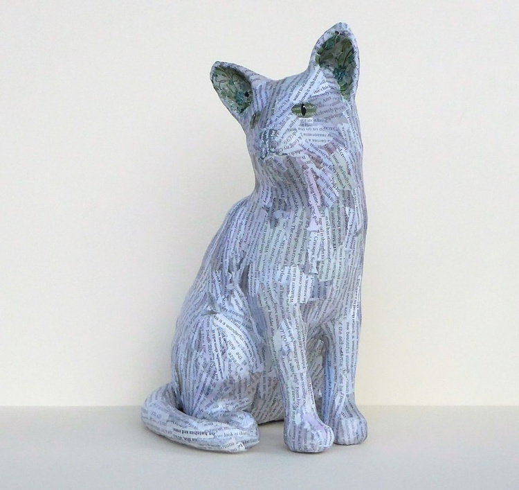 Grey Sitting Cat - Image 0