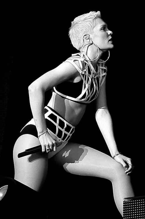 Jessie J V 2013 profile -