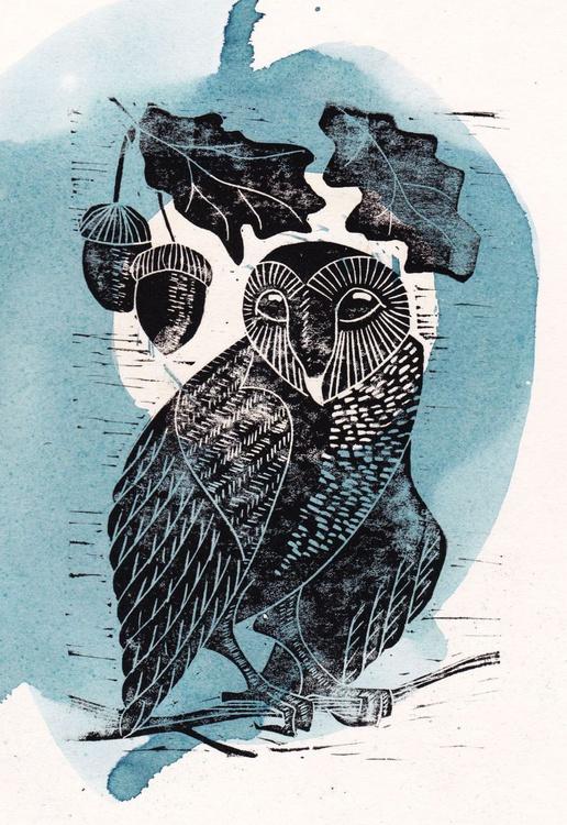 Barn owl with acorns - Image 0