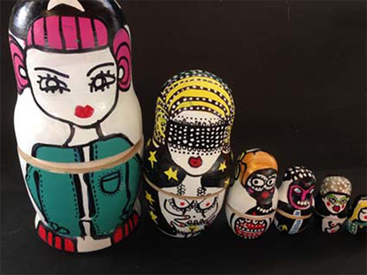 Set of Hand painted Russian Dolls - Image 0