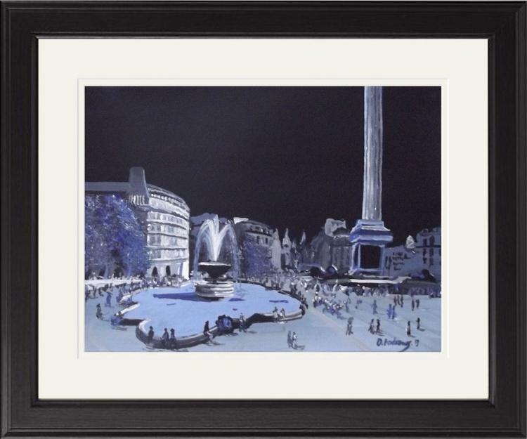 London and Trafalgar Square       - Image 0