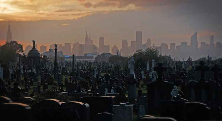 Tombs, NYC skyline © 2012 -