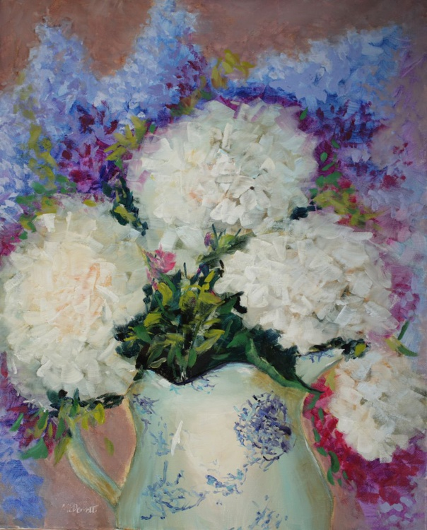 White Hydrangeas - Image 0