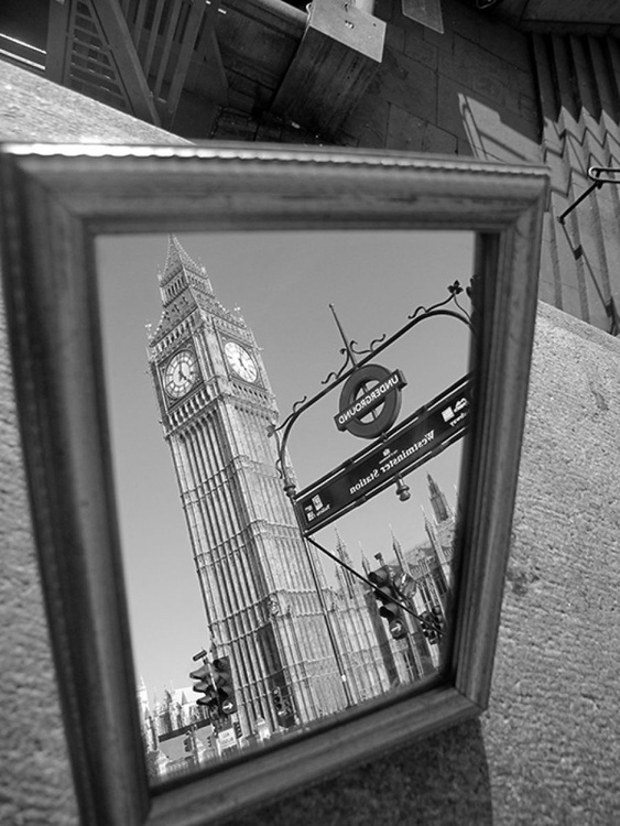 "WESTMINSTER STATION‏ B&W (LIMITED EDITION 1/200) 10"" X 8"" - Image 0"